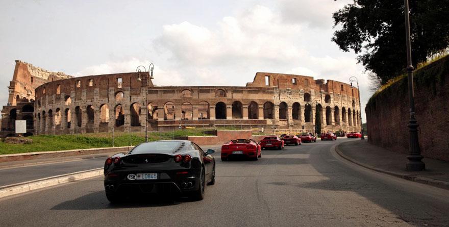 70 anni Ferrari: Passione Rossa a Roma e barchette storiche a Bassano