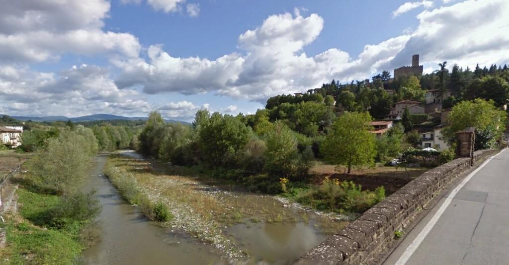 Fiume Arno all'altezza di Poppi - Foto street view