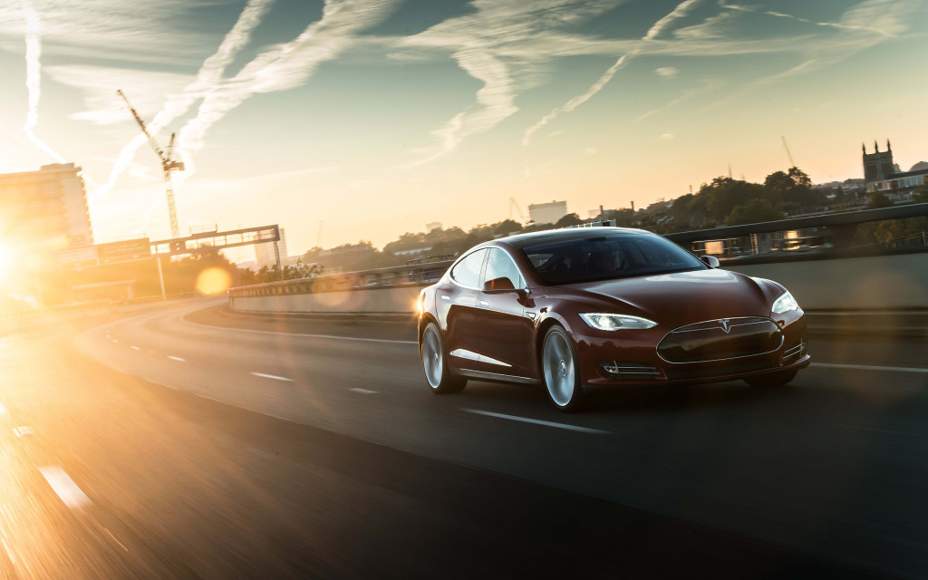 2014_Tesla_Model_S_supercar_d_2560x1600