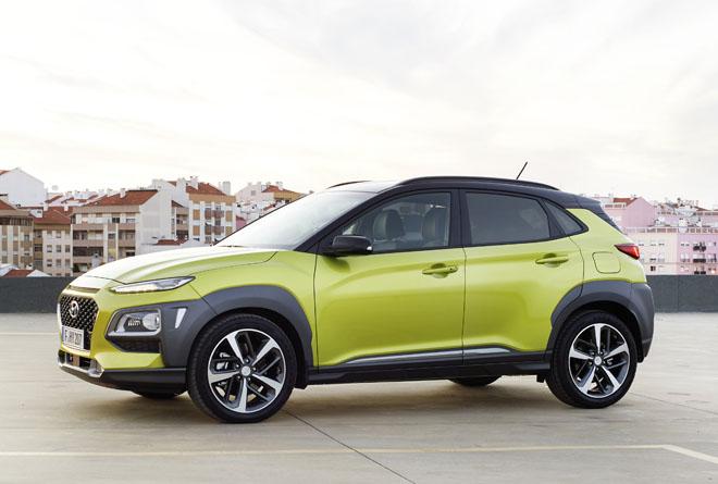 Qashqai Modello Nuovo >> SUV compatti, ecco Hyundai Kona e Nissan Qashqai Weekend Premium