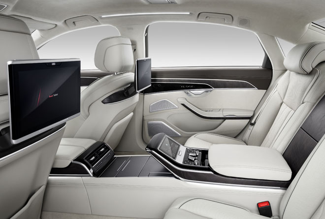Nuova Audi A8