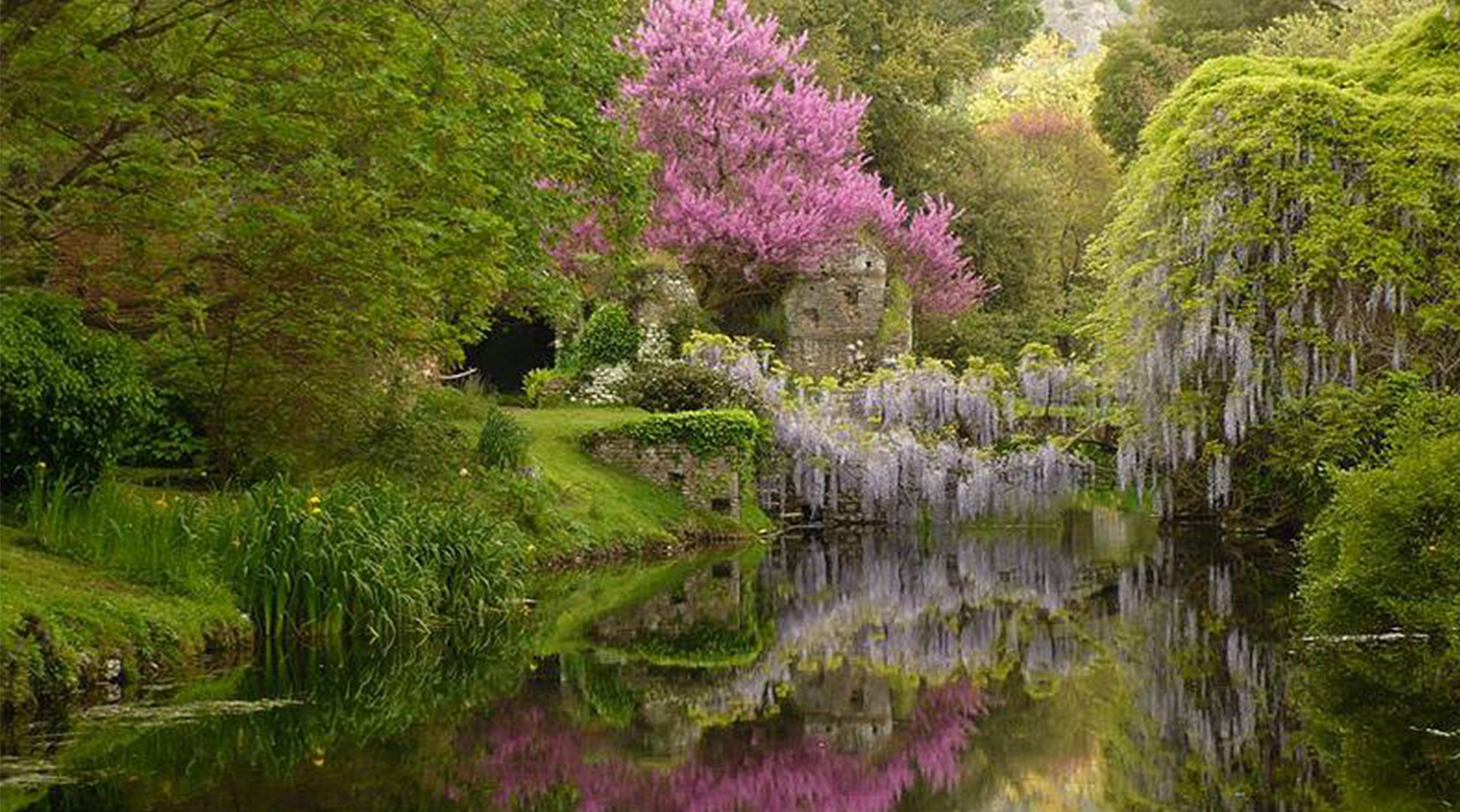 A cisterna di latina riapre il giardino di ninfa weekend for Giardino trofeo