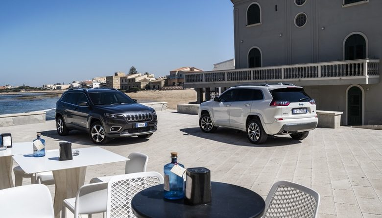 In Sicilia, sulle tracce di Montalbano con la nuova Jeep Cherokee, tra paesaggi resi ancor più famosi dal simpatico Commissario