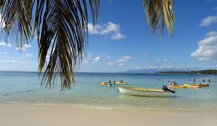 Arcipelago di Guadalupa: Come Robinson Crusoe, ma mangiando aragosta
