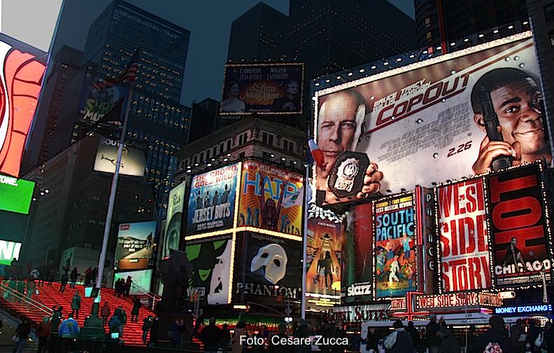 Abbigliamento Broadway NYC fashion shop online Metro 44