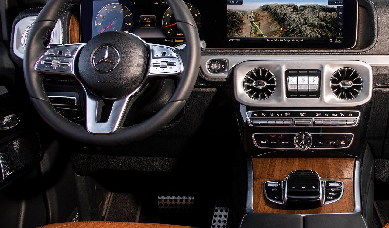abitacolo del fuoristrada Mercedes Benz Classe G