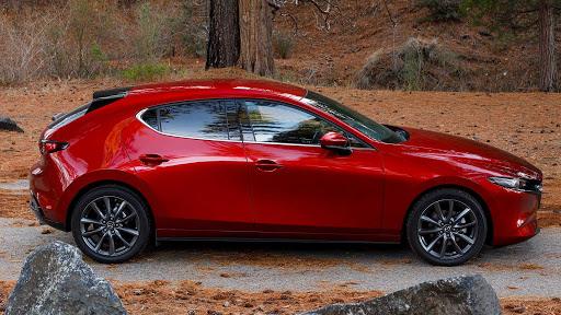 Mazda 3 rossa