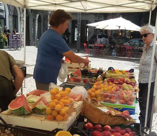 mercato dei contadini