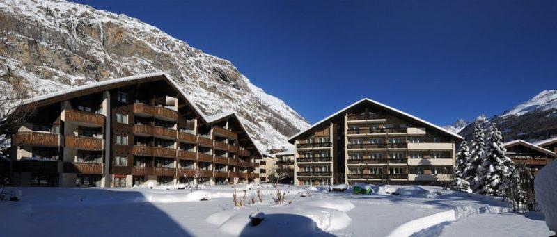 Schweizerhof esterni con neve