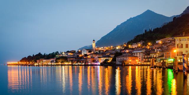 Limone sul Garda by night