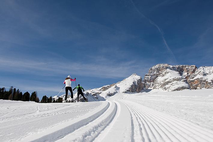 Ciaspole escursioni e sci di fondo