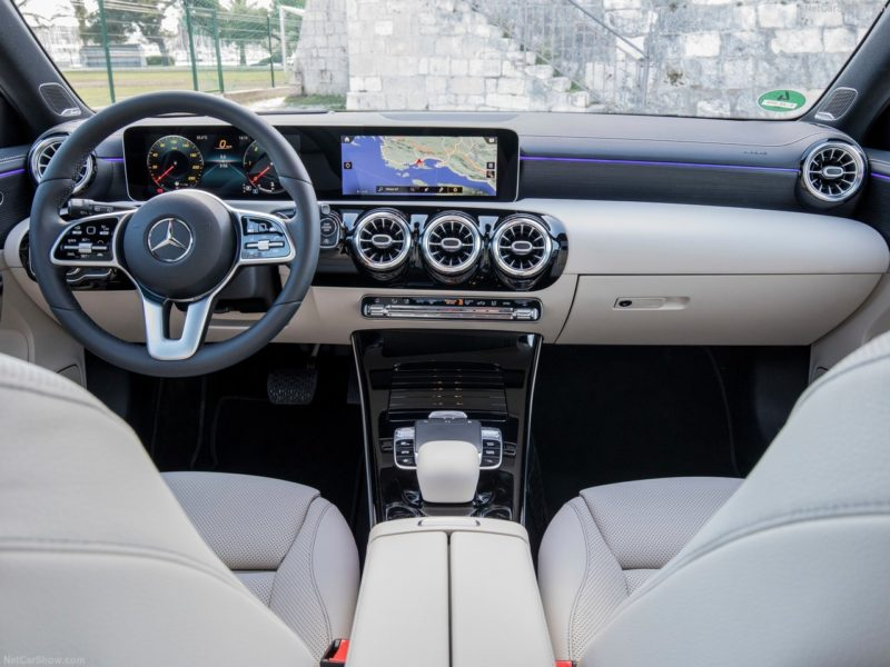 visuale interna di Mercedes classe A