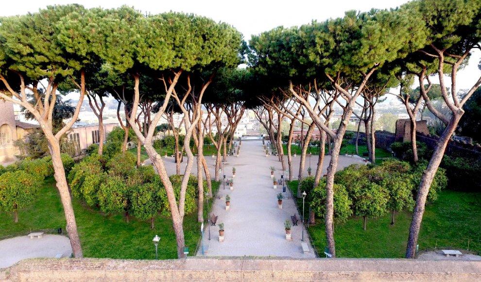 OPEN BOX: l'arte contemporanea domina i giardini dell'Aventino
