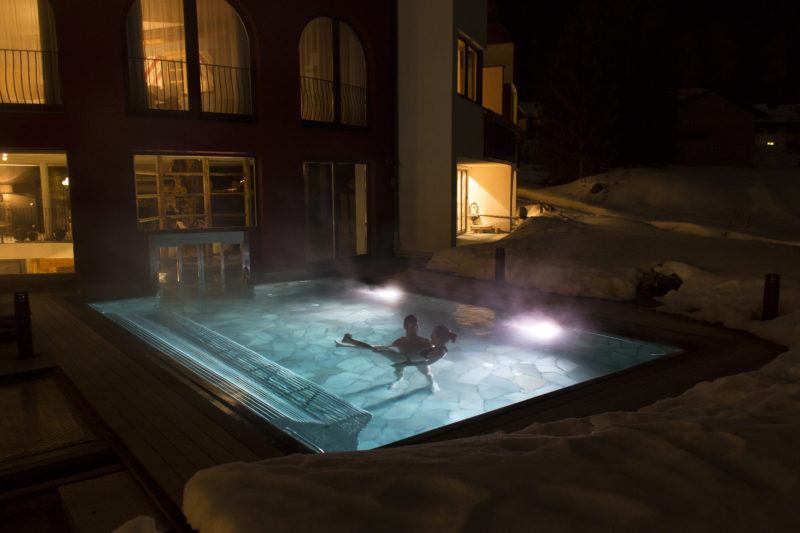 piscina interna Romantik Hotel Santer di Dobbiaco