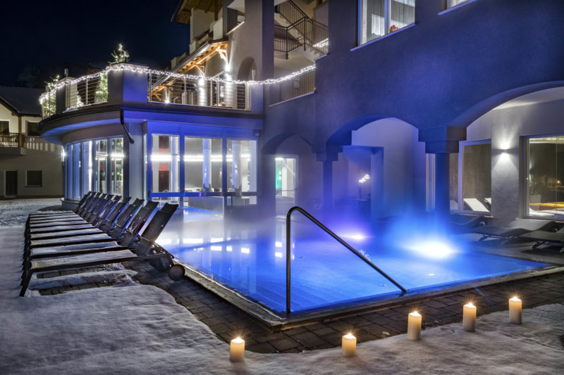 piscina esterna riscaldata hotel Solea