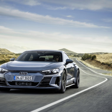 Audi-etron-GT-cover