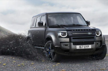Land-Rover-Defender-Cover