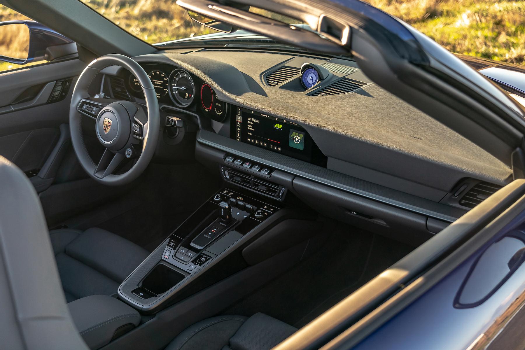 Porsche 911 cabrio interni