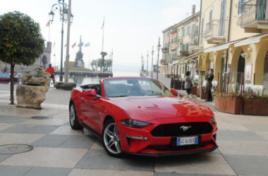 Mustang 5.0 V8 GT Convertible.