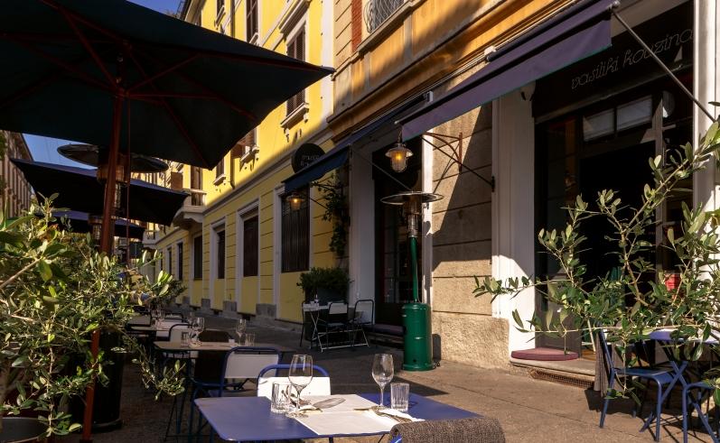 Ristoranti all'aperto a Milano Vasiliki Kouzina