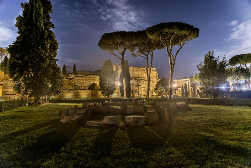 Aprono le Terme di Caracalla per un viaggio nell'antichità al chiaro di luna